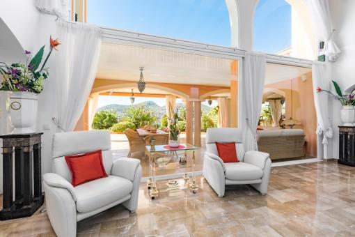 Zugang zur Terrasse aus dem Wohnbereich