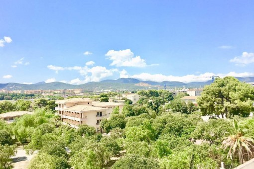 Elegante Wohnung mit 2 Terrassen und 2 Garagenplätzen nahe Park Riera im Norden der Stadt in Palma