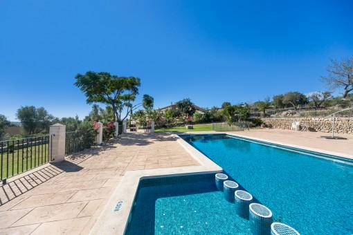 Historisches Herrenhaus in Alaró mit mehreren Wohnungen und Pool, ideal als Agrotourismus