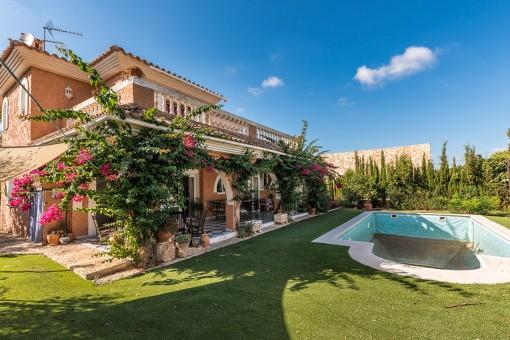 Komfortable 4-Schlafzimmer Villa mit Pool in El Toro