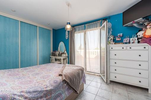 Eines von 4 SchlaEines von 4 Schlafzimmernfzimmern