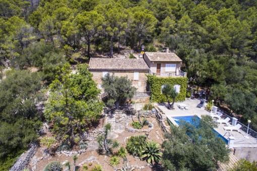 Historische Finca mit antikem und legendärem Charakter eines mallorquinischen Landhauses außerhalb von Santa Eugenia
