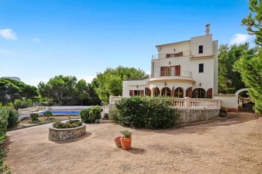 Villa in Cala Mesquida zum Kauf