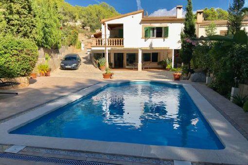 Schönes Einfamilienhaus mit Ölzentralheizung und Salzwasser-Pool in Costa de la Calma