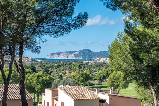 Schönes Haus mit Meerblick in der Golfanlage in der Nähe des Country Clubs in Santa Ponsa