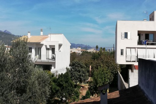 Zentrales, ruhig gelegenes Grundstück in Binissalem und Möglichkeit Haus mit 5 Apartments zu bauen