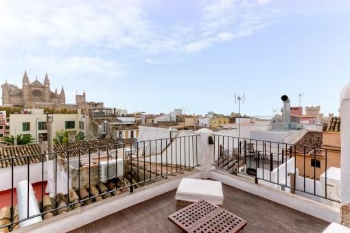 Hübsches, kleines Altstadtapartment mit 3 Terrassen und Blick auf das Meer und über die Stadt Palma