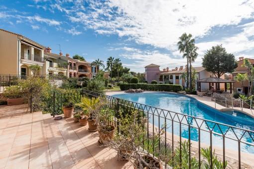 Wunderschönes Apartment mit Teilmeerblick in Top Anlage in Santa Ponsa
