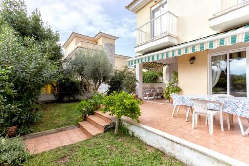 Sehr gepflegte Doppelhaushälfte mit Garten, strand- und zentrumsnah, in Can Picafort
