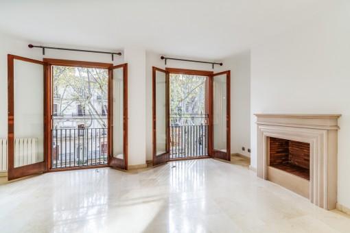 Wohnen am Hot Spot: unmöblierte, großflächige Wohnung mit Tiefgarage am Paseo de Born in Palma