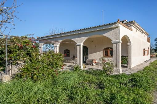 Schöne Finca mit Studio und Weitblick in der Nähe von Sant Joan