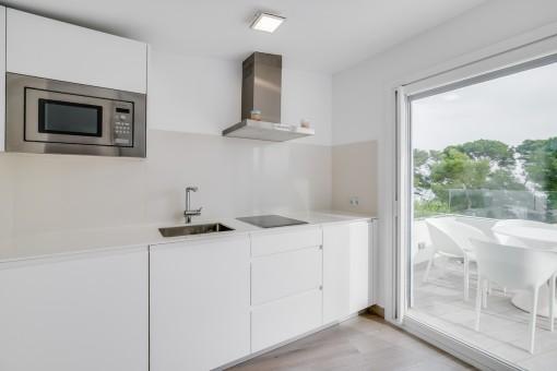 Kleine Küche im zweiten Stockwerk
