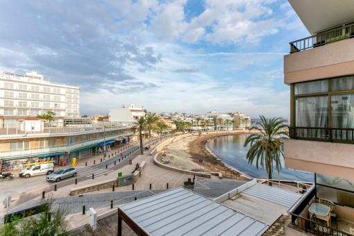 Hübsche 3-Schlafzimmer Ferienwohnung direkt am Meer in Can Pastilla