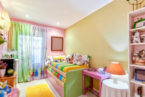Charmantes Kinderzimmer