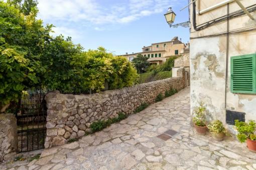 Mallorquinische Steinmauer