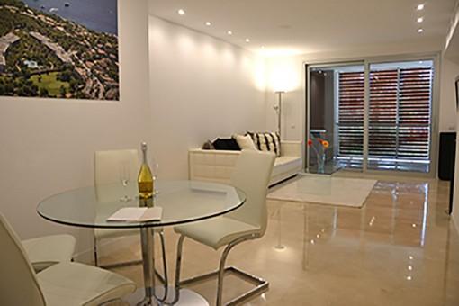 Wohn-und Essbereich mit Terrasse
