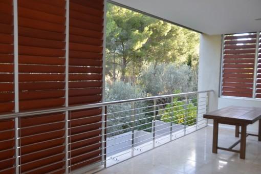 Ruhige luxuriöse Wohnung in einer wunderschönen parkähnlichen Anlage in Bendinatr
