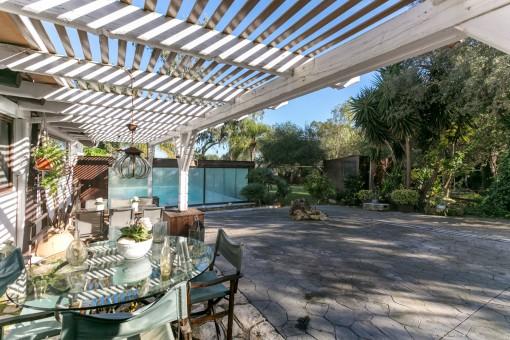 Zauberhafte Finca mit absoluter Privatsphäre, wunderschönem Garten und beheizbarem Pool bei Campanet