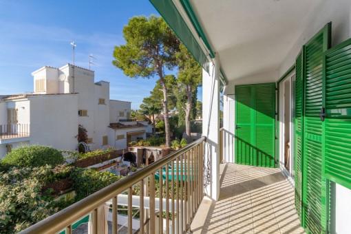 Idyllisch gelegene Wohnung mit Meerblick in Cala Blava