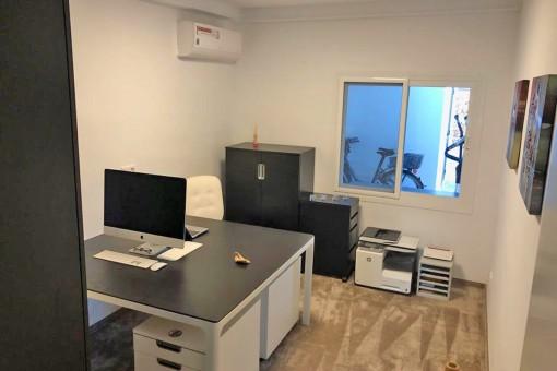 Modernes Arbeitszimmer