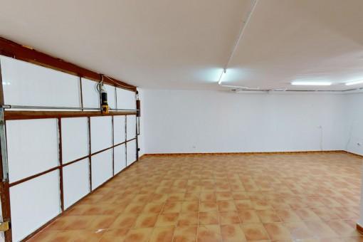 Garage mit Platz für 2 Pkws