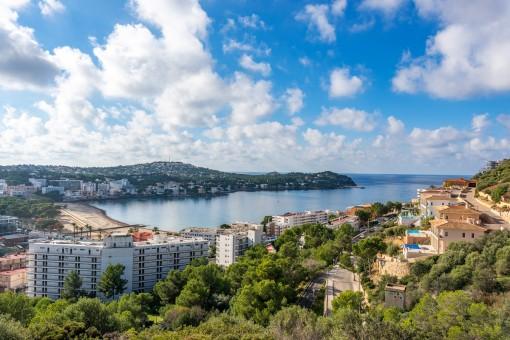 Beeindruckender Blick auf die Bucht von Santa Ponsa