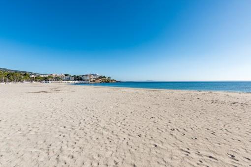 Wunderschöner Strand von Palmanova