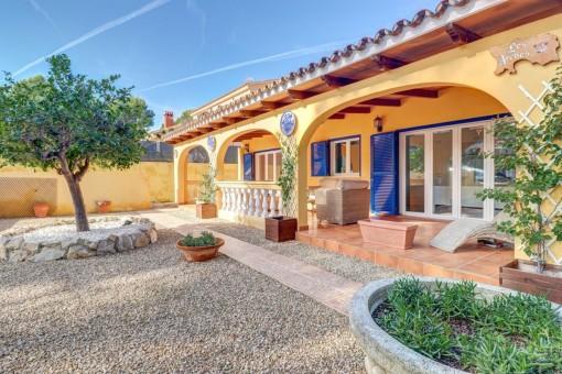 Schöne, mediterrane Villa in ruhiger Lage mit pflegeleichtem Garten in Costa de la Calma