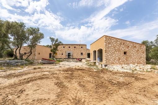 Traumgrundstück in Santanyi mit fortgeschrittenen Bauprojekt - Fertigstellung Ende 2020
