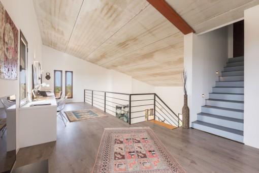 Galerie auf dem Obergeschoss