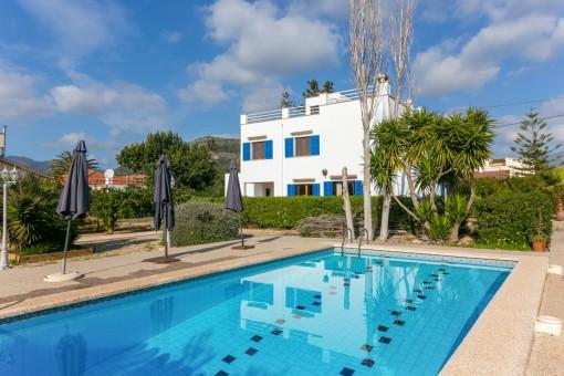 Mediterrane Familienvilla mit großem Garten in Palmanyola