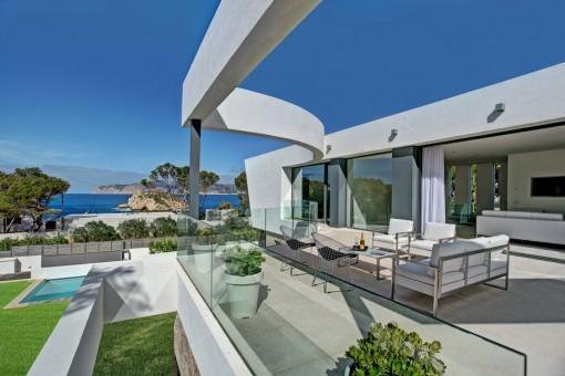 Luxuriöse Villa in Santa Ponsa mit moderner Architektur und fantastischem Blick auf die Malgrats-Inseln