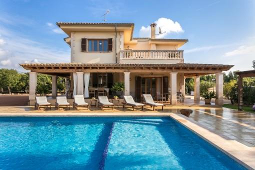 Wunderschöne, ruhig gelegen Finca in Palmanähe mit interessanten Einkommensmöglichkeiten