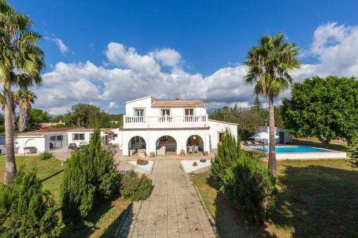 Großzügige Villa mit Gästeappartement und Pool in Marratxi, unweit von Palma entfernt