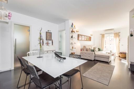Tolle, komplett möblierte Wohnung im ersten Stockwerk in Campos