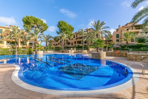 Schöne Wohnung mit Pool in einer der beliebtesten Anlagen in Puig de Ros