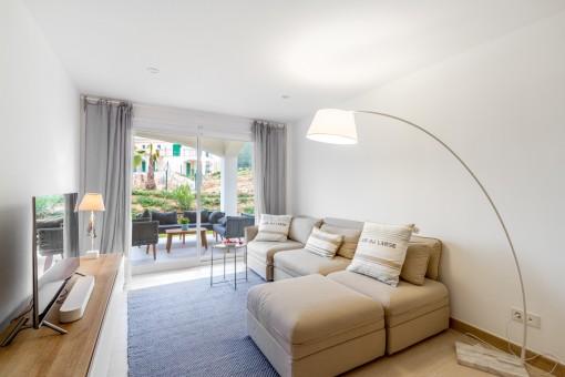 Schöne neue Wohnung in einer mediterranen Wohnanlage in Colonia de Sant Pere