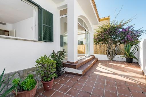 Schönes grundsaniertes Ferienhaus mit kleiner Einliegerwohnung und Meerblick in Cala Murada