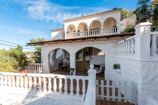 Die Villa verfügt über wundervolle Terrassen