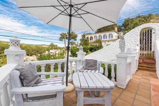 Komfortable Villa im Ibiza-Stil mit 6 Schlafzimmern und Meerblick in Costa de la Calma