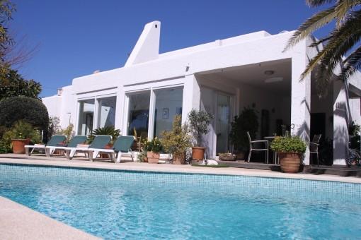 Lichtdurchflutete, freistehende Villa mit Ferienvermietlizenz in Vallgonera