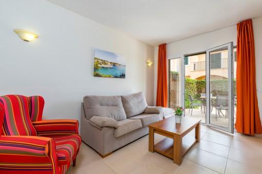 Moderne Erdgeschosswohnung mit Garten in schöner Wohnanlage in Sa Ràpita