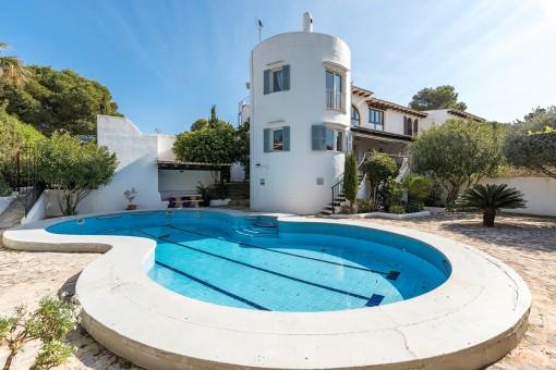 Großzügige Villa mit Ferienvermietungslizenz in Strandnähe auf der Halbinsel Sa Punta in Portocolom