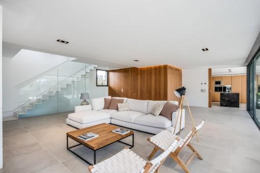 Heller und moderner Wohnbereich