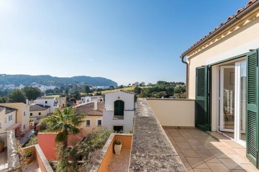 Wunderschöne Doppelhaushälfte mit großer Terrasse in Camp de Mar