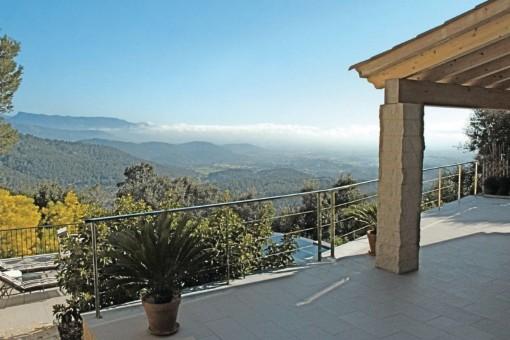 Wunderschöne Terrasse mit Ausblick