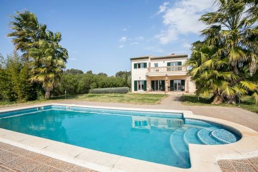 Helle Finca mit Blick, Pool, Zentralheizung und guter Bauqualität, nahe Sencelles