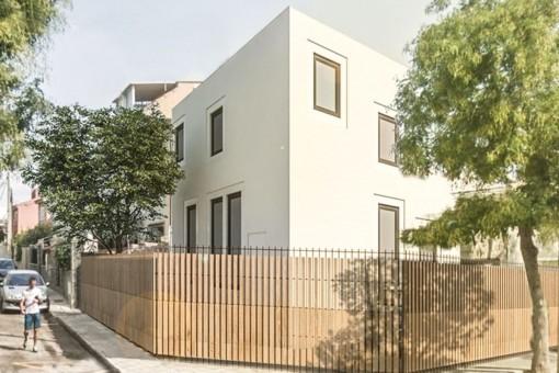 Schickes, kleines Neubauhaus (Projekt) in Coll den Rebassa/Ciudad Jardin, nur 250 Meter zum Strand