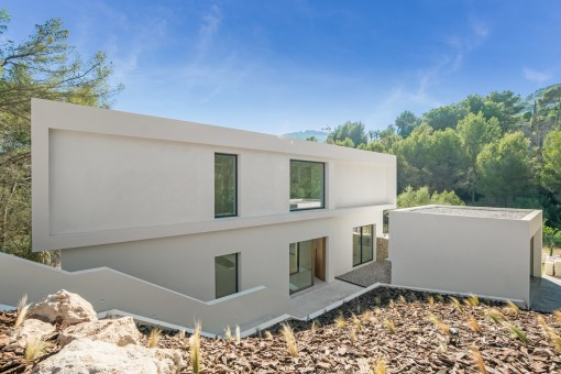 Außenansicht der eleganten Villa