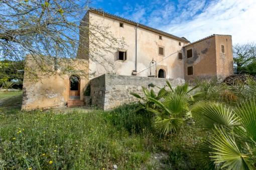 Traditionelles, historisches Herrenhaus in der Nähe von Artà
